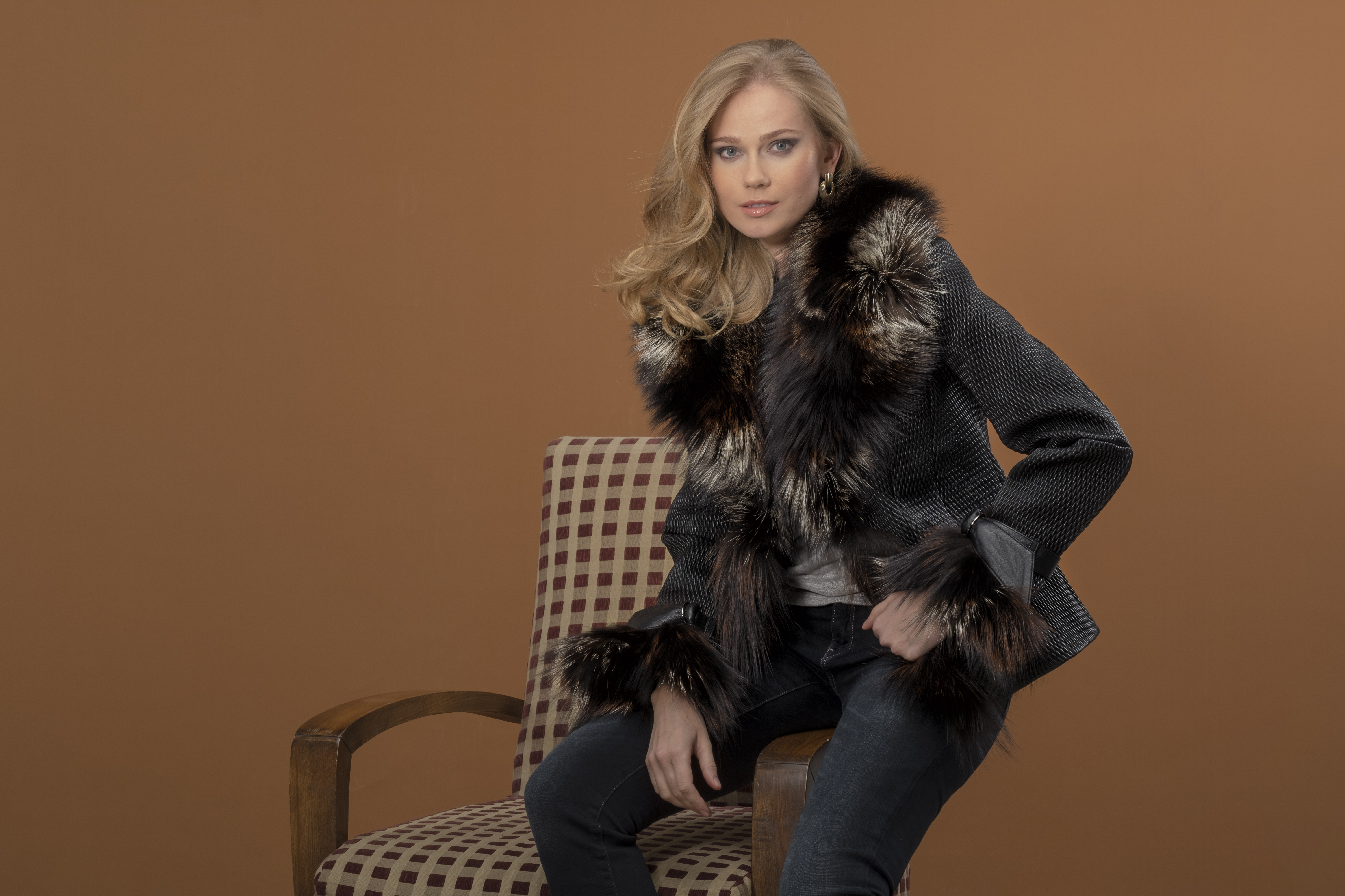 add8ec707 Pre-owned and Vintage Shearling Outerwear | Estate Furs