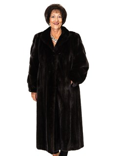 Ranch Mink Coat with Horizontal Sleeve Design