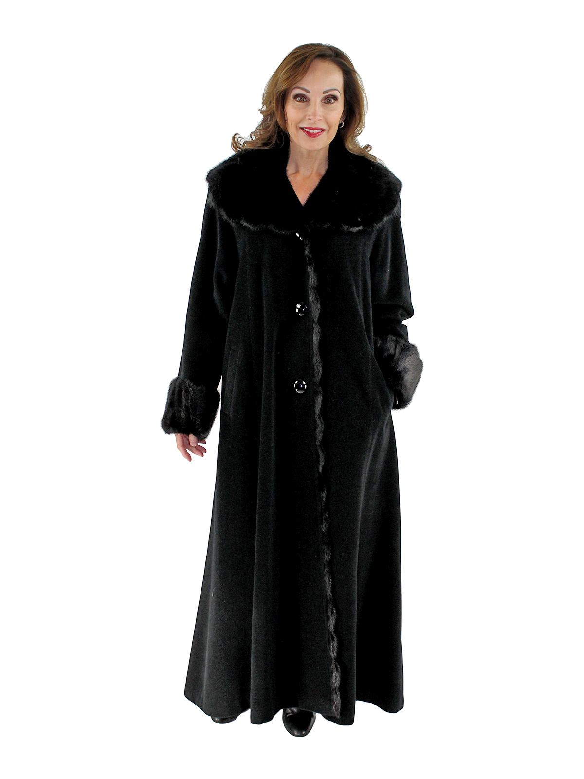 Woman's Cashmere Blend Wool Coat With Mink Trim