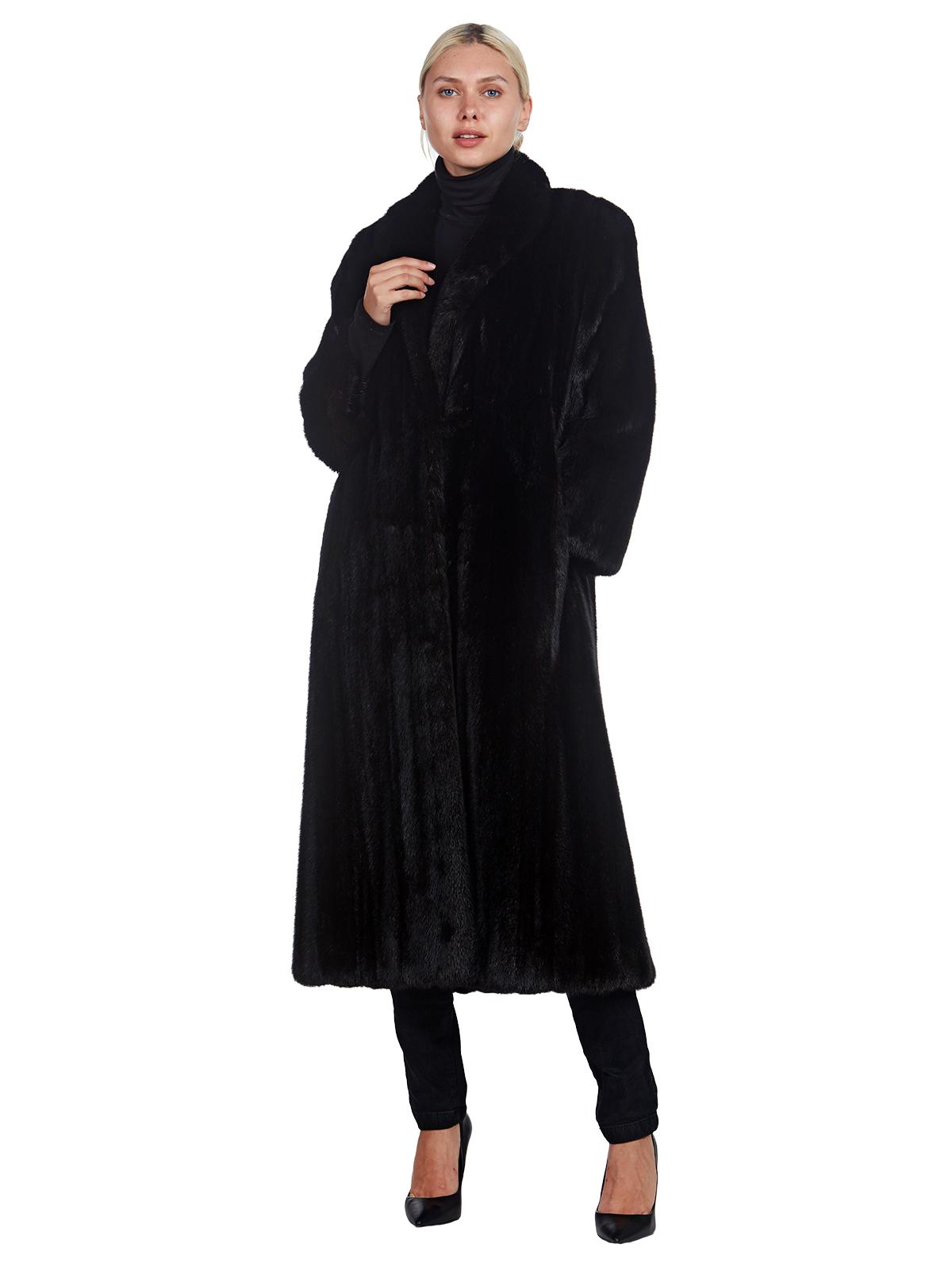 Woman's Full Length Dittrich Ranch Mink Fur Coat