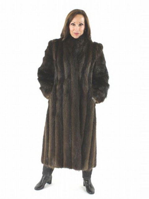 Mink Coat Value >> Full Length Long Hair Beaver Fur Coat - Women's Small - Brown | Estate Furs