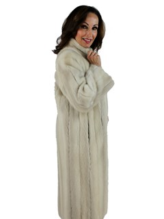 Woman's Vintage Tourmaline Mink Fur Coat