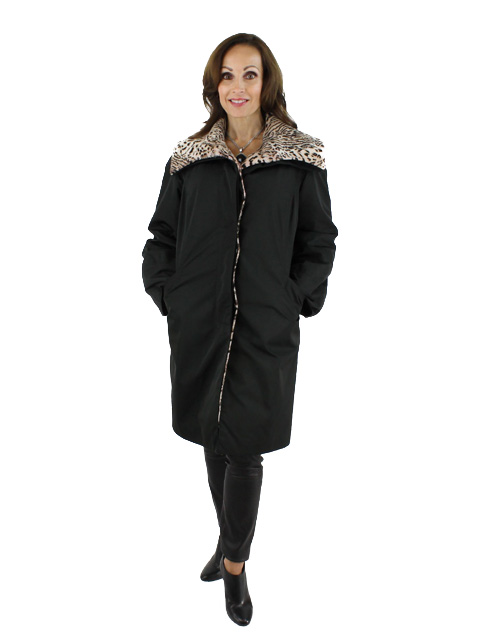 New Woman's  Black Fabric Raincoat with Lapin Detachable Lining