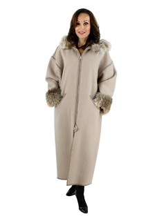 Woman's Hooded 100% Wool Coat