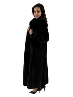 Ranch Mink Fur Coat Female Skins