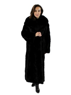 Woman's Ranch Mink Fur Section Coat with Fox Fur Collar