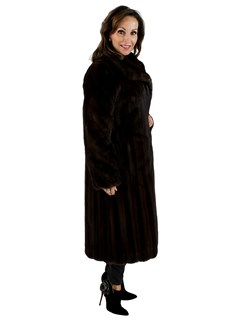 Dark Mahogany Female Mink Fur