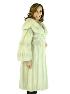 Woman's Azurene Female Mink Fur 7/8 Coat