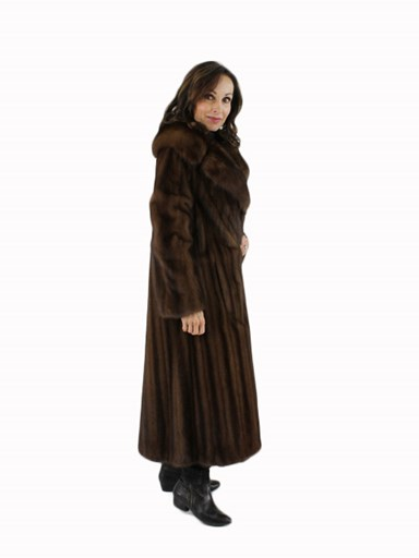 Female Mink Fur Coat w/ Knotched Sable
