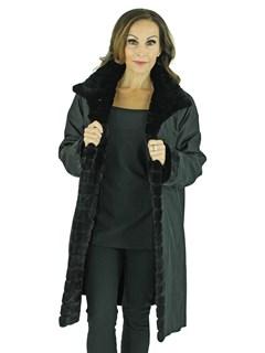 Woman's Black Semi-Sheared Reversible Mink Fur Stroller