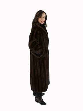 Female Lunaraine Mink Fur Coat