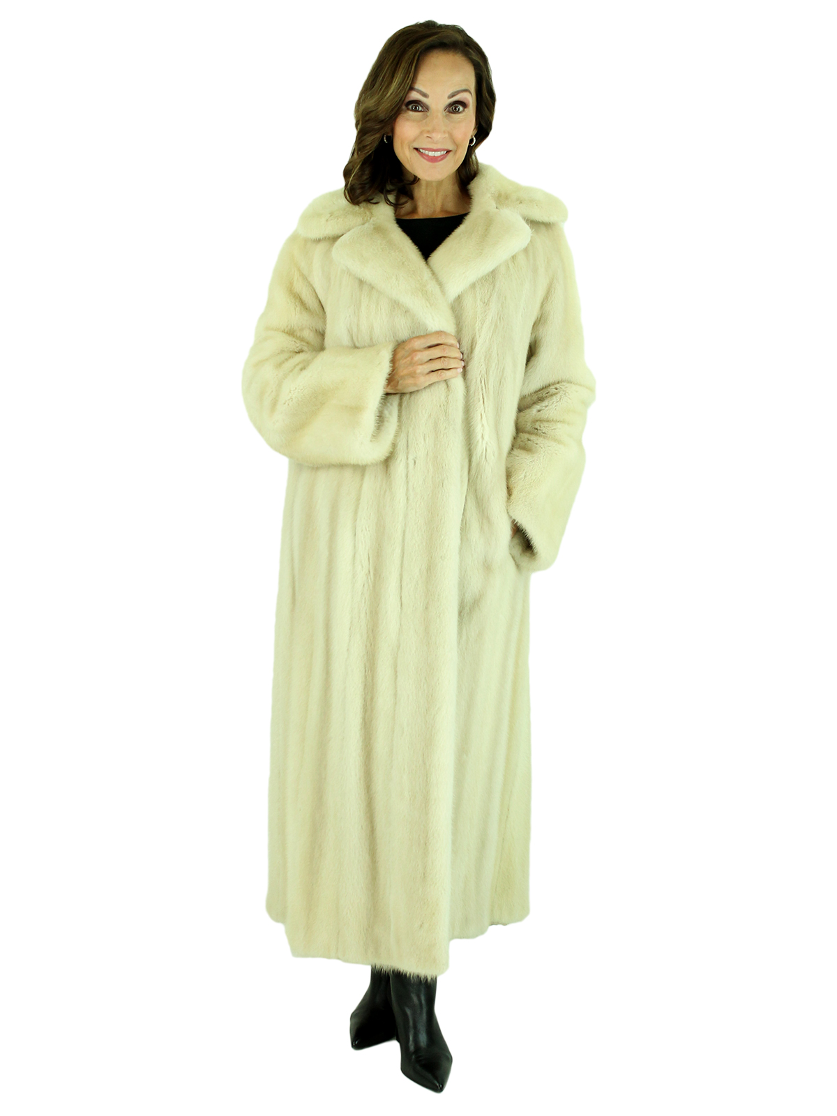 Woman's Tourmaline Mink Fur Coat