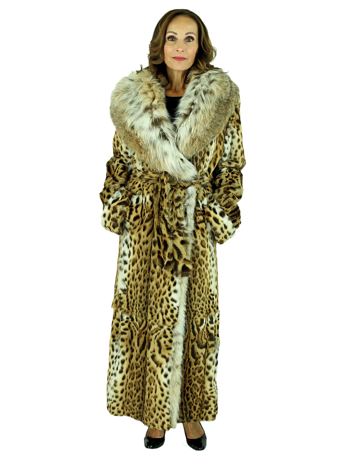 Woman's Spotted Cat Coat with Canadian Lynx Collar and Detachable Belt