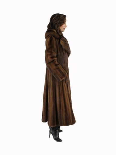 Lunaraine Mink Fur Coat Female Skins w/ Sable Collar