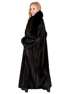 Woman's Ranch Female Mink Fur Coat with Fox Tuxedo Front
