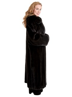 Woman's Blackglama Female Ranch Mink Fur Coat
