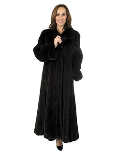 Woman's Blackglama Female Ranch Mink Coat