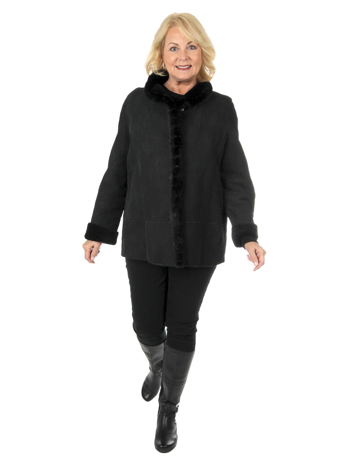 Woman's Black Shearling Lamb Fur Stroller