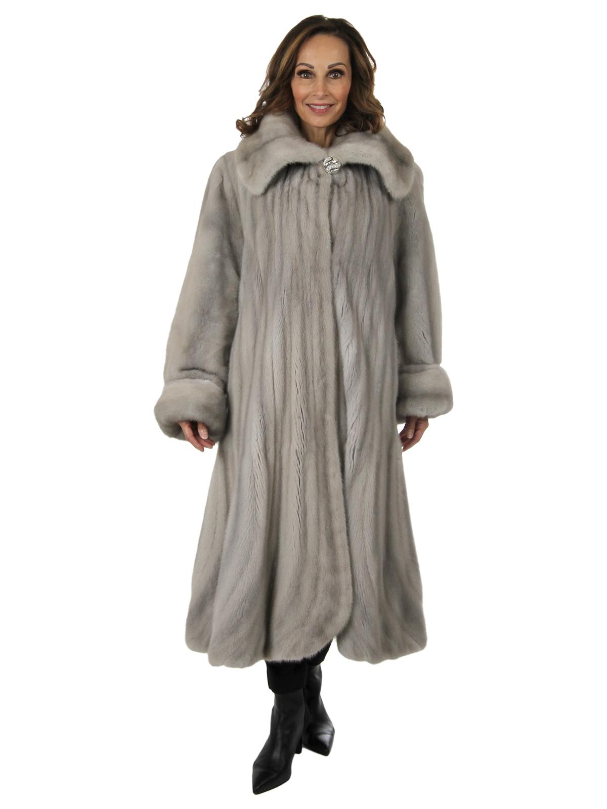 Woman's Cerulean Female Mink Fur