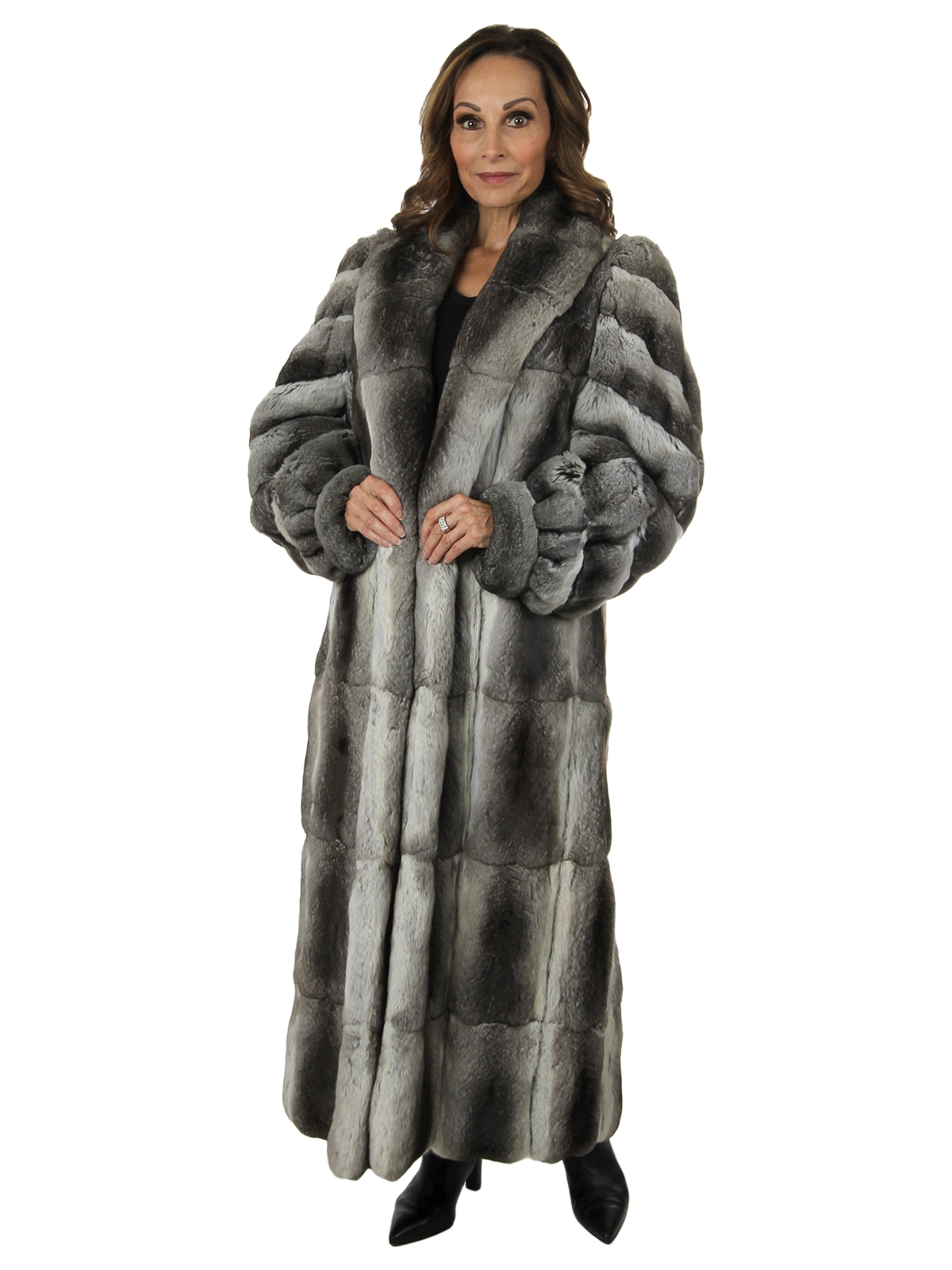 Woman's Natural Chinchilla Fur Coat