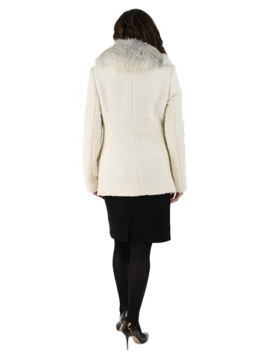 Fabric w/ Detachable Fox Fur Collar