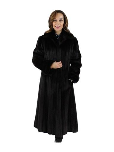 Petite Vintage Ranch Female Mink Fur Coat