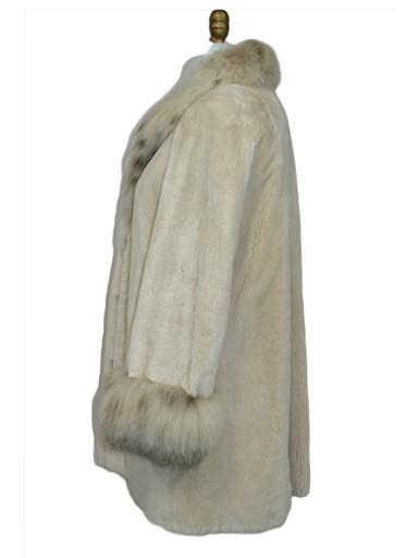 Sheared Beaver Fur Stroller w/ Lynx Trim