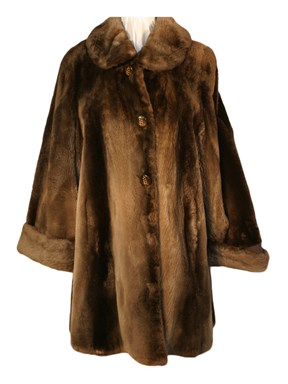 Sheared Beaver Fur Swing Stroller