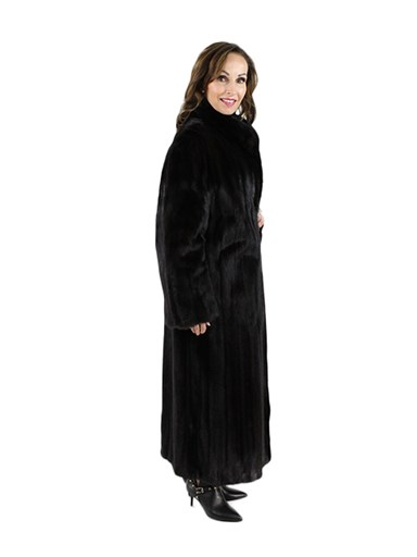 Sweeping Ranch Mink Fur Coat