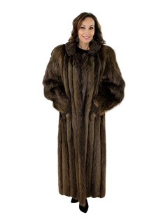 New Woman's Natural Long Hair Beaver Fur Coat with Brown Persian Lamb Trim