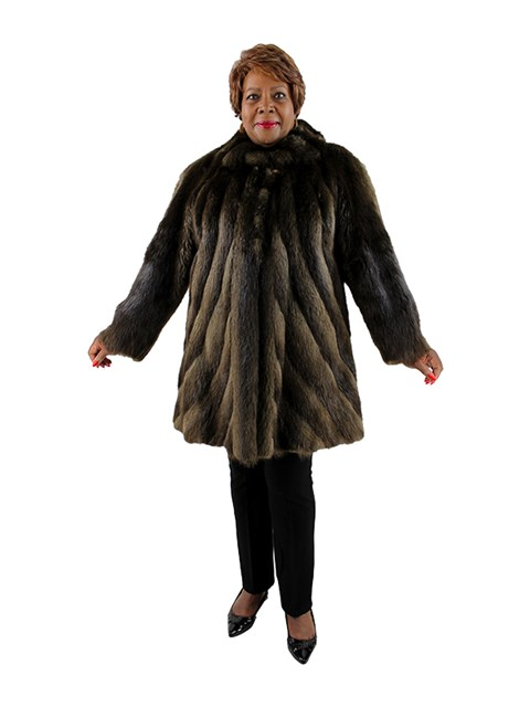 Woman's Long Hair Beaver Fur Stroller with Directional Body
