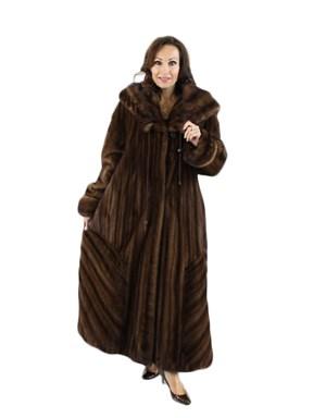 Demibuff Directional Mink Coat