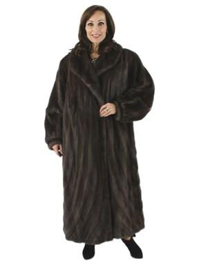 Beautiful Leutitia Mink Coat with Directional Hem