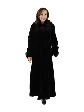 Gorgeous Woman's  Black Sheared Mink Fur Coat