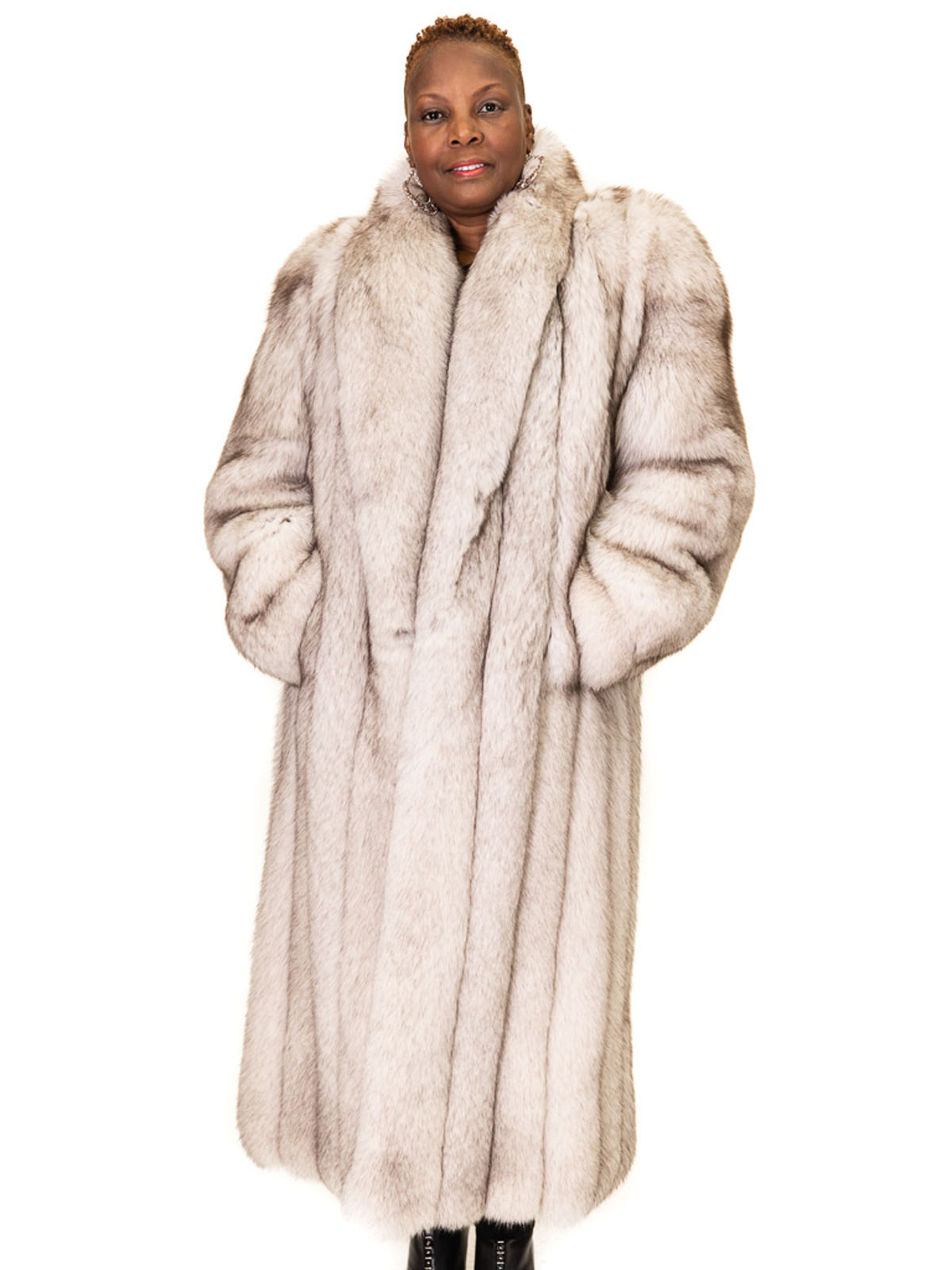 wholesale really cheap professional NEW Natural Norwegian Blue Fox Thick Pelt Coat | Milwaukee, WI | Ugent Furs