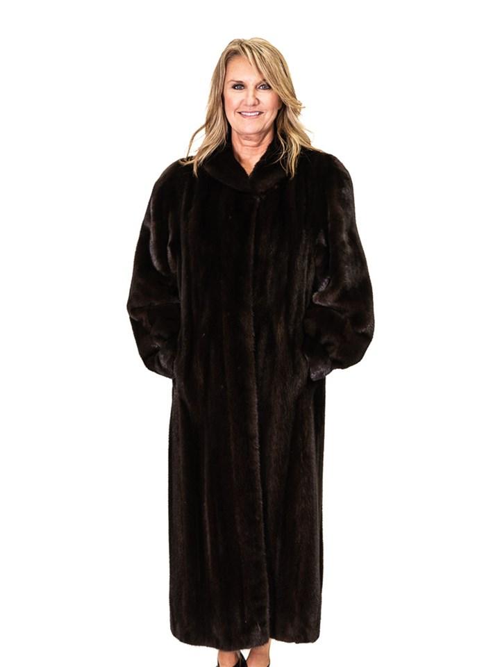 Ranch Mink Coat with Diagonal Sleeve Design