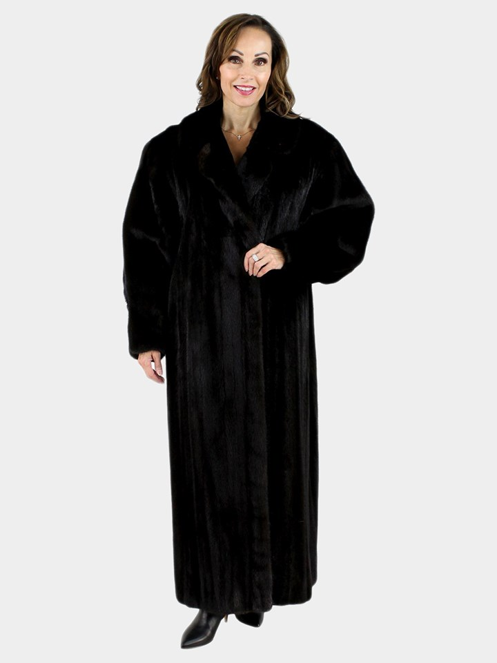 Estate and Pre-Owned Furs   Estate Furs