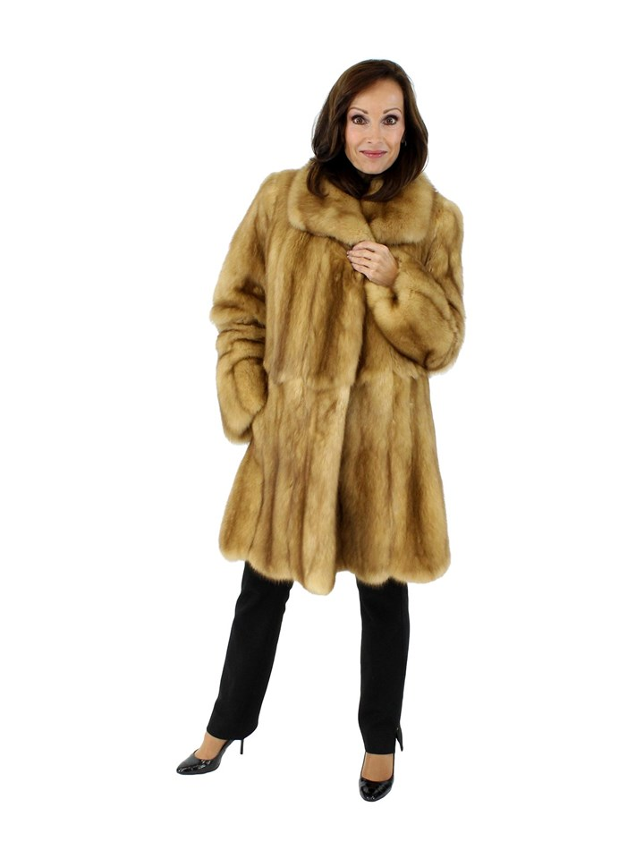 Woman's Natural Golden Sable Fur Stroller