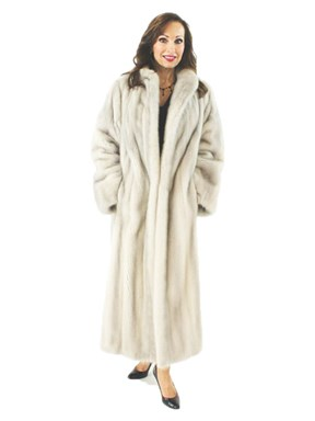 Stand out in a Crowd Luxurious Azurene Full Length Mink Coat