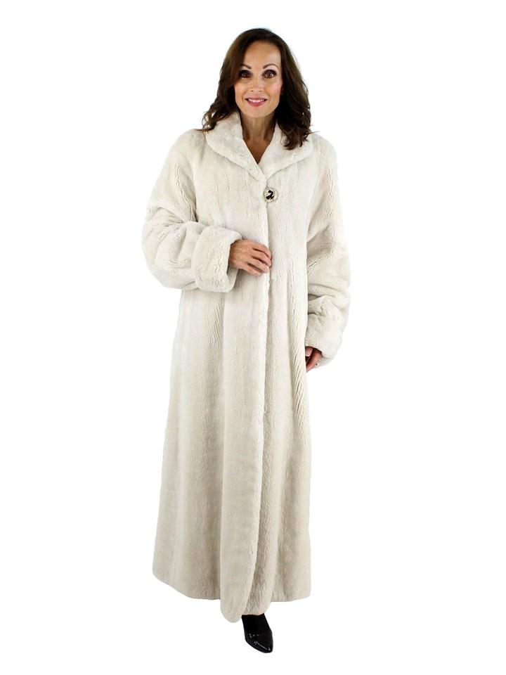 Woman's White Sheared Beaver Fur Coat
