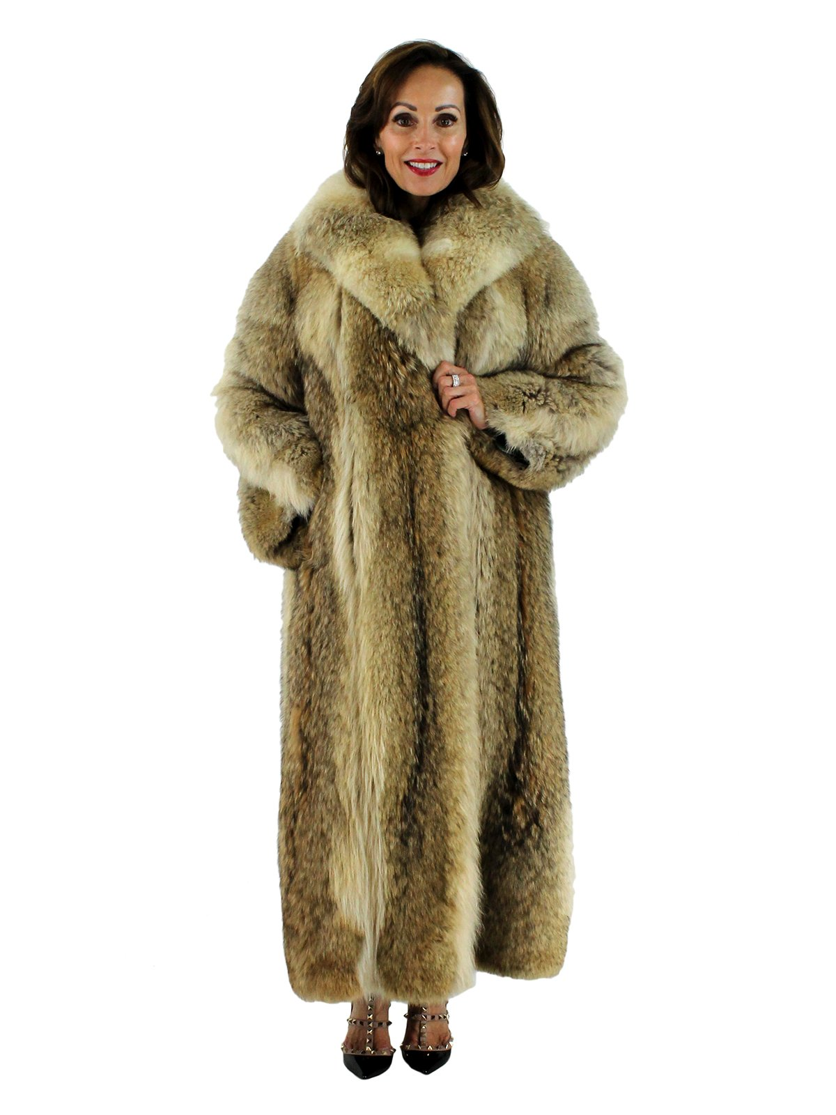Coyote Fur Coat >> Natural Coyote Fur Coat Women S Medium Estate Furs