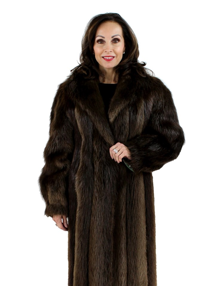 Woman's Medium Tone Beaver Fur Coat