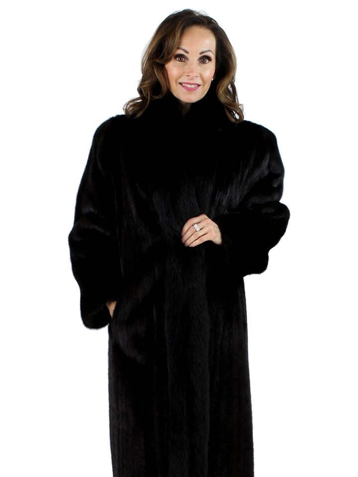 Woman's Ranch Female Mink Fur Coat with Black Fox Tuxedo Front