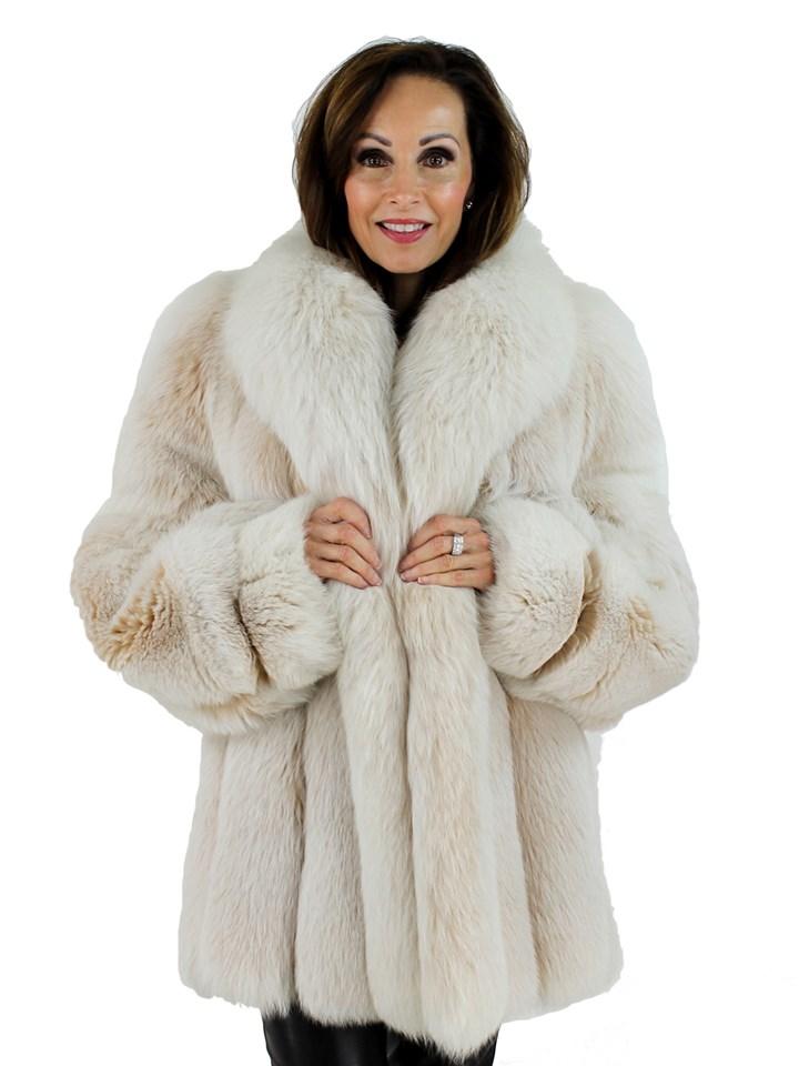 Woman's Christian Dior Blush Fox Fur Stroller