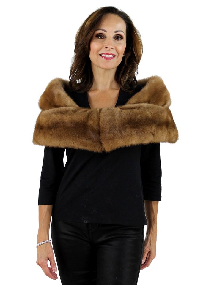 Woman's Lunaraine Mink Fur Neckpiece