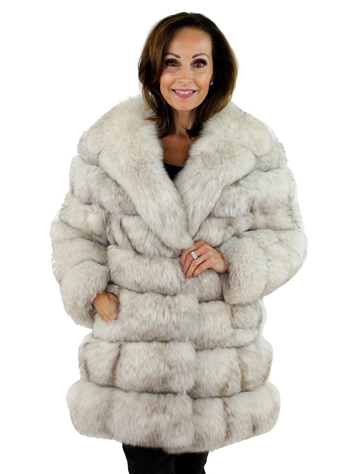 Woman's Petite Natural Blue Fox Fur Horizontal Cut Stroller