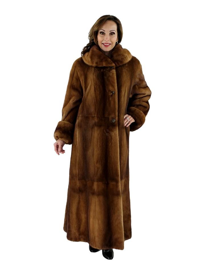 Woman's Teso Whiskey Female Mink Fur Coat Reversing to Rain Fabric