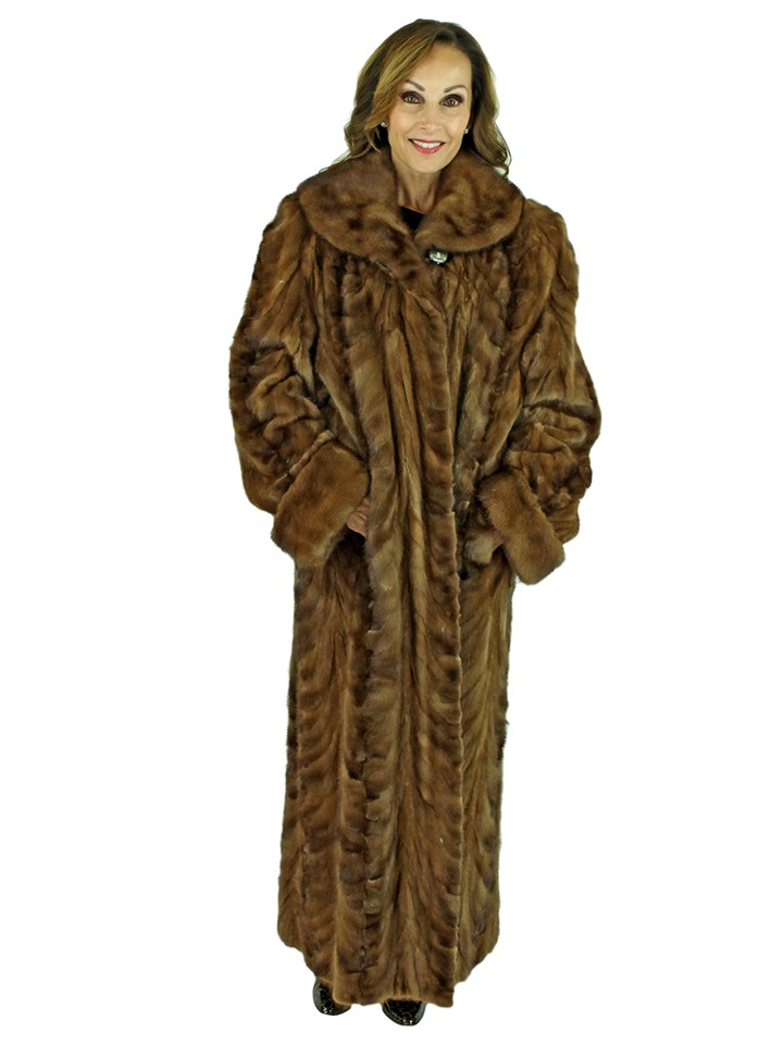 Woman's Sculptured Lunaraine Mink Fur Coat