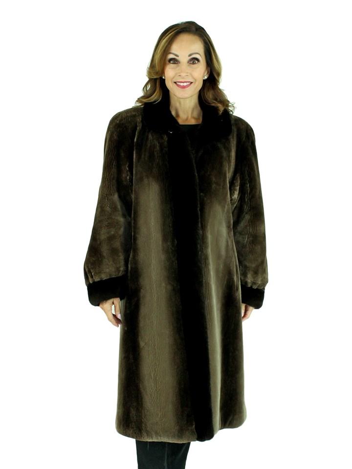Woman's Phantom Sheared Beaver Fur Coat with Mahogany Mink Trim