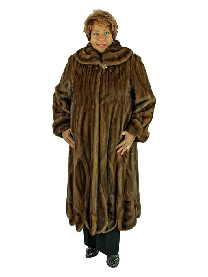 Woman's Louis Feraud Demi Buff Female Mink Fur Coat
